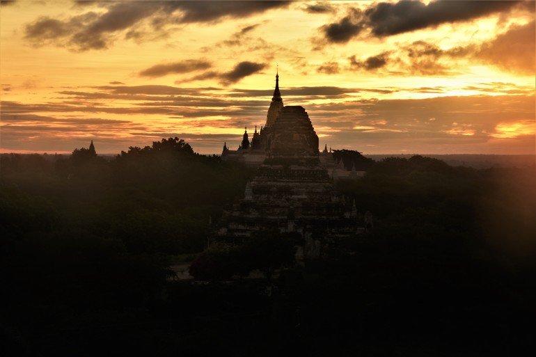 Templo Shwegugyi -