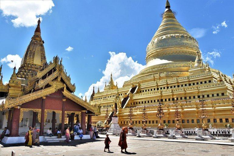 Pagoda Shwezigon - Que ver en Bagan