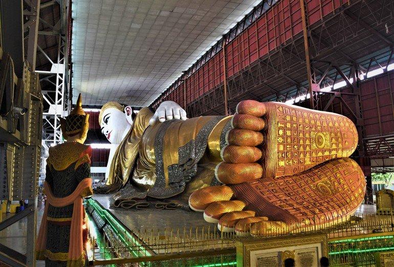 Chaukhtatgyi Buddha - Que ver en Yangon
