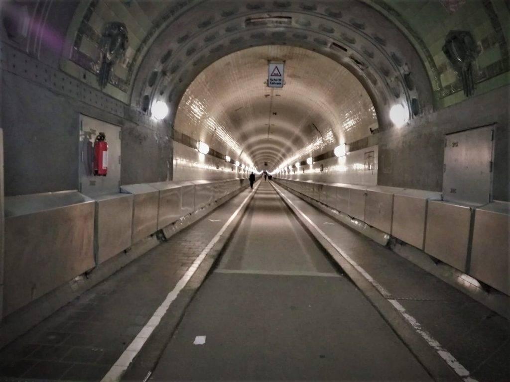 Que ver en Hamburgo - Tunel del Elba