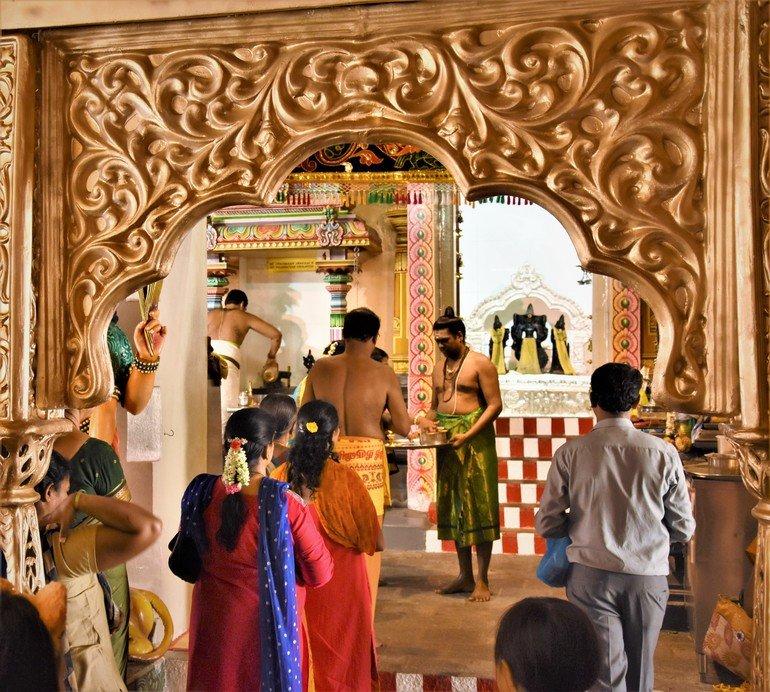 Templo Sri Mariamman - Que ver en un día en Singapur