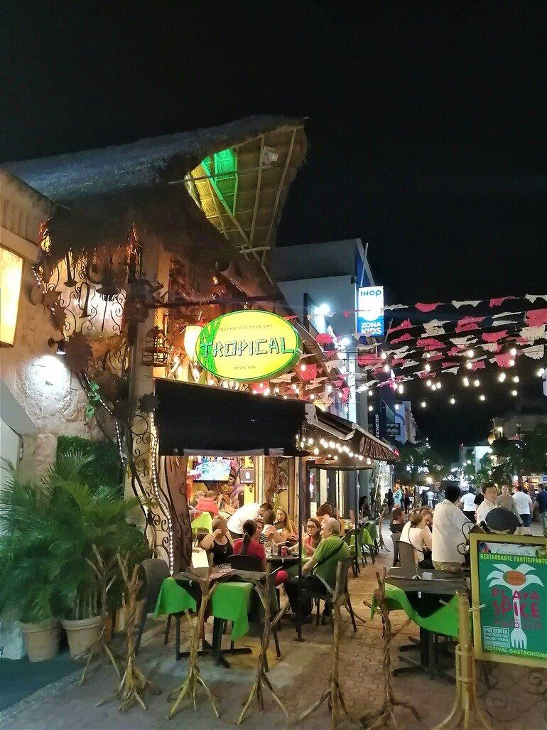 Calle Quinta Avenida - Ver Playa del Carmen