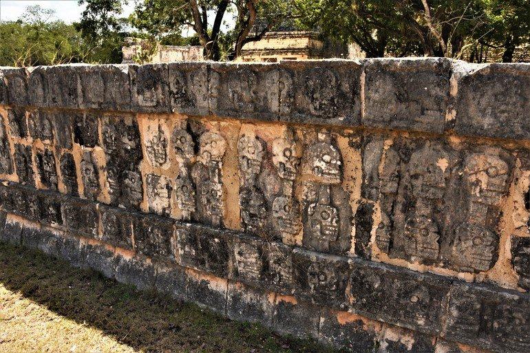 El muro de las calaveras - Visitar chicen Itza