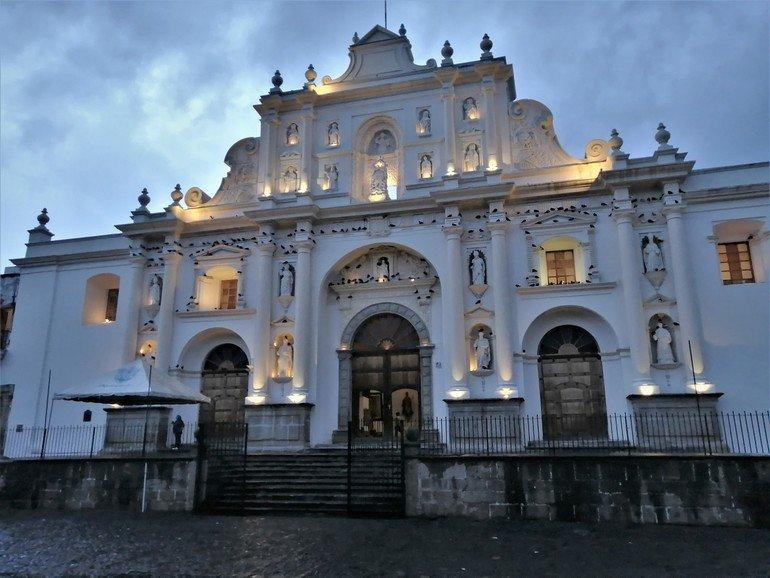 Catedral - Visitar Antigua