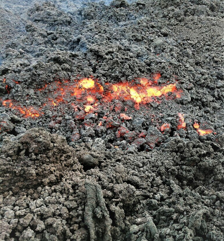 Cenizas volcánicas - Subir Volcán Pacaya