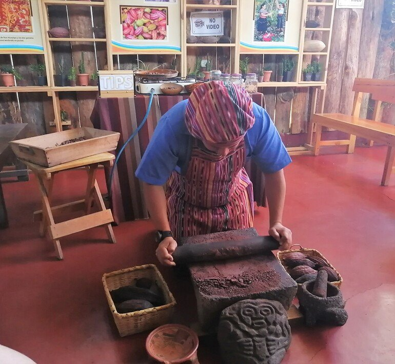 Taller de cacao - Que ver en San Juan La Laguna