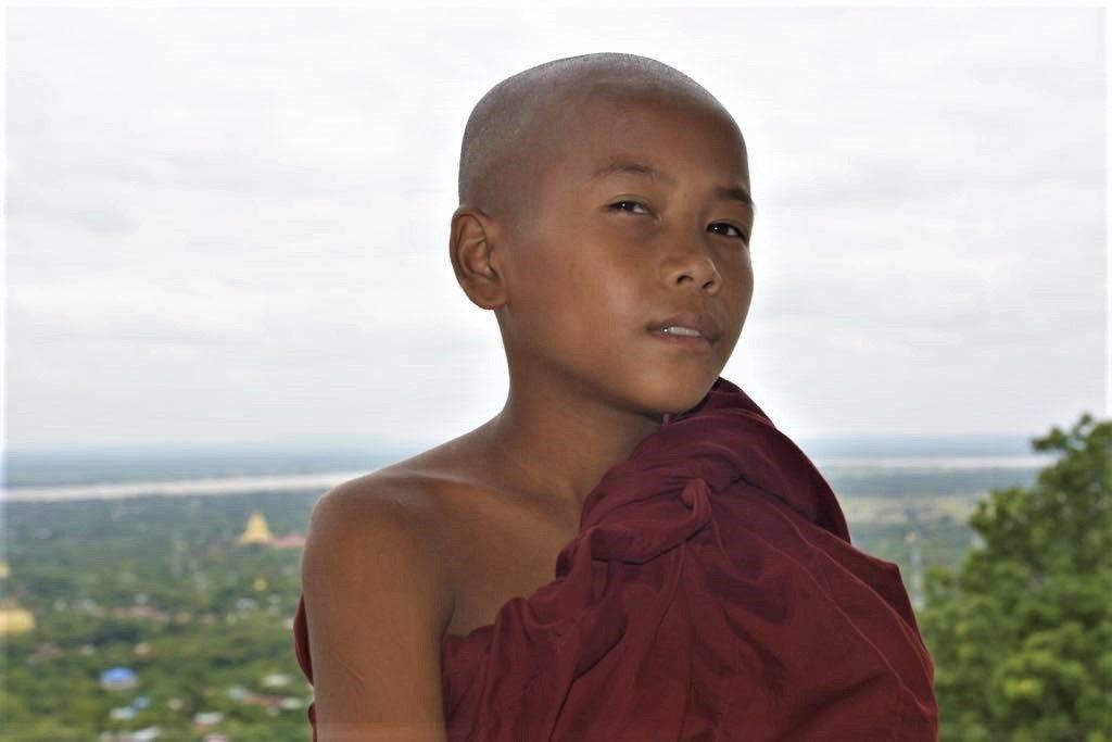 Monje en Myanmar