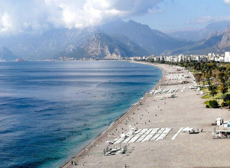 Playa KinyaaltI - Que ver en Antalya