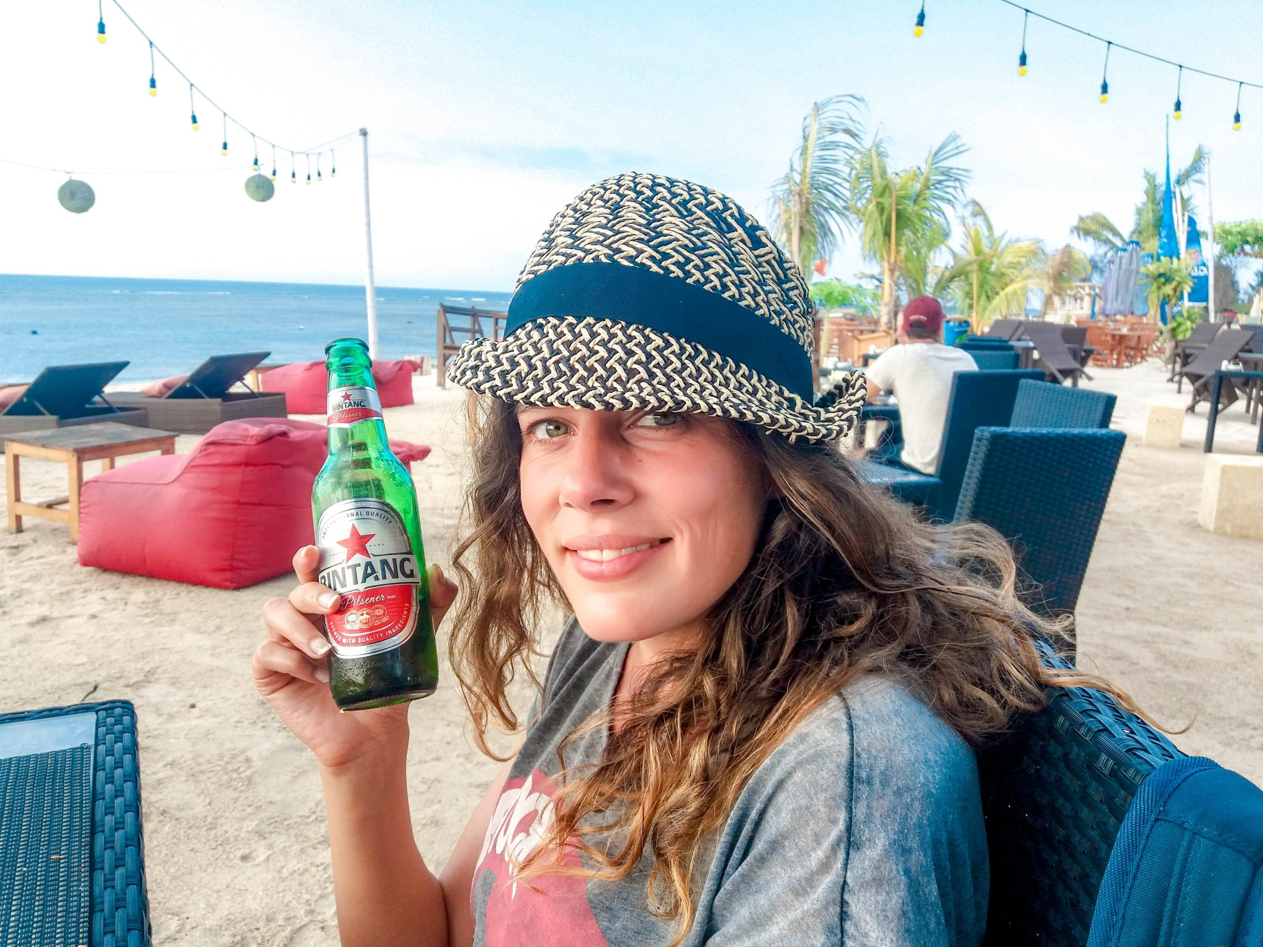 cerveza bintang en islas Gili - Indonesia