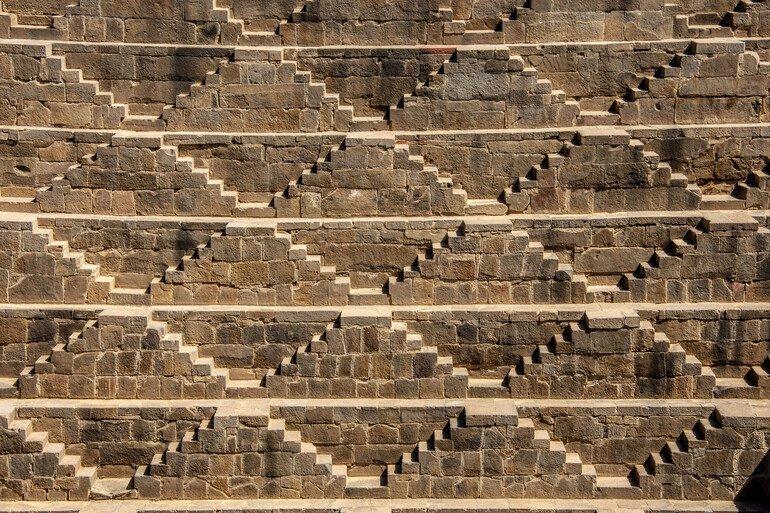 Escalones del Stepwell de Chand Baori