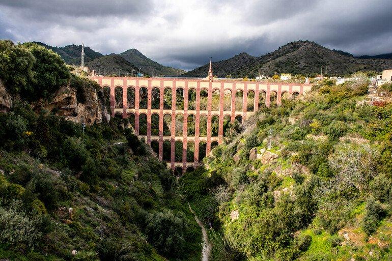 Acueducto del Águila - Que ver en Nerja