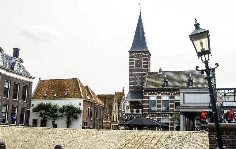 Que-ver-en-Edam-Damplein-plaza