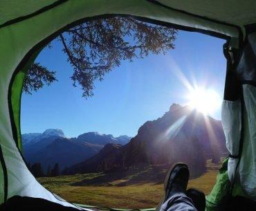 que-llevar-camping-tienda-campaña