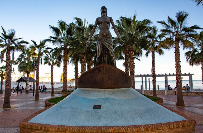 Esculturas en paseo marítimo de Fuengirola